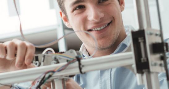 Engineering Manufacturing Technician Standard - Level 4